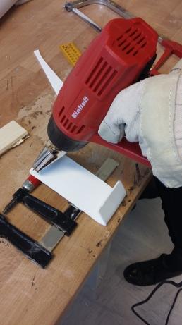 Heißverformung von Acrylplatten - Handyhalter